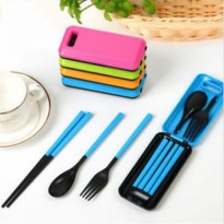 Travel Cutlery Set / Peralatan Makan Lipat Portable