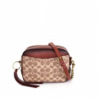 Coach Camera Bag in Signature - Rust