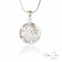 HanaChic Summer Time Necklace White Color