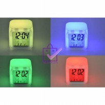 Moody Clock Glowing LED Jam Meja Kubus Digital Alarm