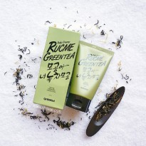 [GODSKIN] Rucme Green Tea Scrub Foam 100 ml