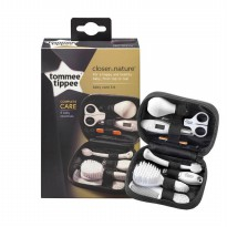 (Recommended) Tommee Tippee Baby Healthcare & Grooming Kit Set Peralatan Bayi