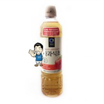 Daesang (Chung Jung One) Apple Vinegar/ Cuka Apel Korea- 900ml