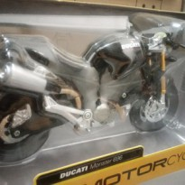 Ducati Monster 696 Black 1/12 Maisto Motor