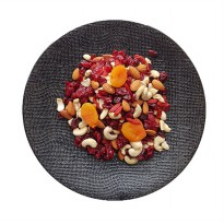 Red Festival Mix (Nuts and Fruits) 300 Gr