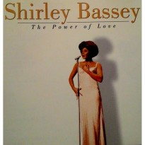 (LIMITED) CD SHIRLEY BASSEY THE POWER OF LOVE 1999