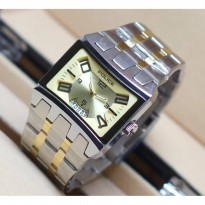Police Stainless-Steel Case Stainless-Steel Bracelet Mens Watch (SILVER GOLD)
