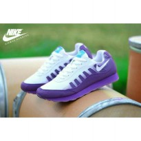 Sepatu Sport Running Nike Woman - white purple