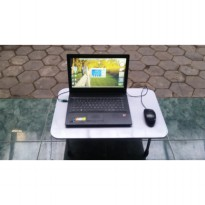 meja laptop plus whiteboard