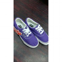 SEPATU SNEAKERS VANS AUTHENTIC KIDS, UKURAN 25-34.