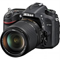 Nikon D7100 - 24MP - Kit 18-140mm VR - Hitam