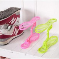 Rak Sepatu Susun Portable Shoes Rack