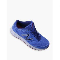 New Balance WT590CM2 Women Running Shoes Original Sepatu All Terrain Blue Biru
