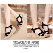 Wedges Me60 hitam