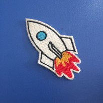 Patch Rocket Logo Bordir Emblem Ukuran L: 5 T: 9