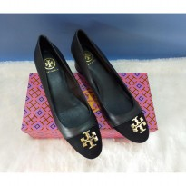 Authentic Tory Burch Kira Cap Toe Pump - Black