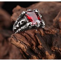 Cincin Pria Cakar Naga Claw Dragon Flame Red Ring Titanium Steel - Batu Merah