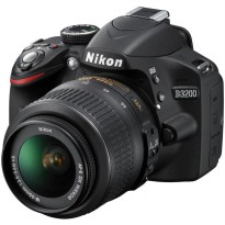 NIKON D3200 KIT 18-55MM VR II (FREE TAS SLR + SDHC 8GB)