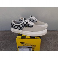 vans og authentic lx checkerboard wafle icc