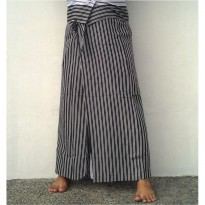 CELANA SARUNG PREVIEW SALUR 08