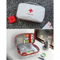 weekeight first aids pouch
