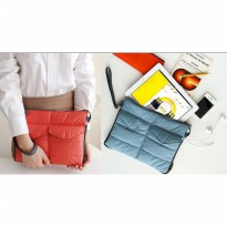 Pouch Storage Multifungsi untuk gadget table organizer bag in bag