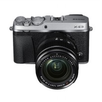 Fujifilm X-E3 Kit 18-55mm Kamera Mirrorless - Silver