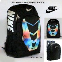 Tas ransel nike max air black galaxy check black free rain cover
