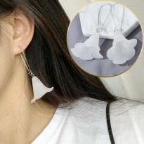 Minimalist Transparent Stereoscopic Trumpet Earrings - White