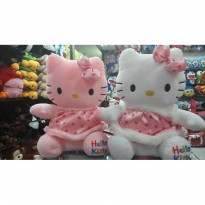 Boneka Hello Kitty size L