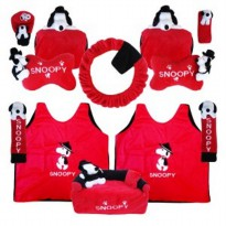 Bantal Mobil Exclusive 8 in 1 Boneka Snoopy Merah