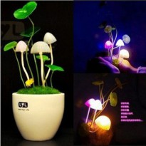 LED Avatar Mushroom 7 Warna, Automatic Light Control - CERAMIC