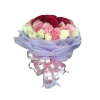 Hand Bouquet Amazing Love by Elora Florist