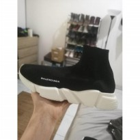 balenciaga speed trainer pk size 42.5 no box