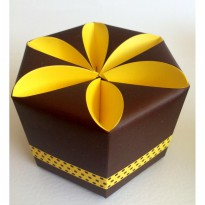 Flower Packaging Gift Box Brown-Yellow