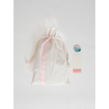Gudily Drawsting Bag with 04  (include badge & gift tag) Baby Pink