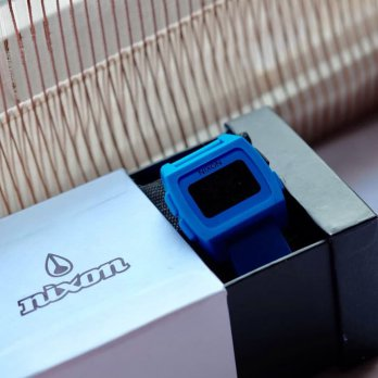 NIXON RUBBER DIGITAL BLUE