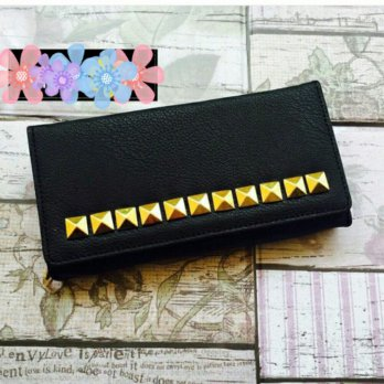 Dompet Studded Black
