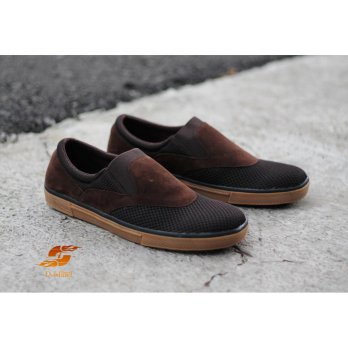 D-Island Shoes Slip On Hardware Canvas Black (ISL 239)