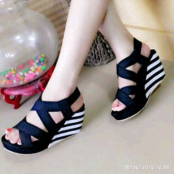 WEDGES BELANG MURAH TB-811 HITAM / WEDGES / HIGH HEELS / SNEAKERS / KETS / CASUAL / BOOTS / FLAT /