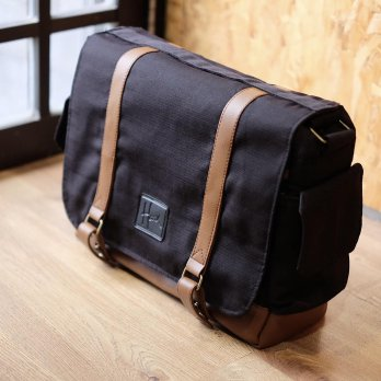 (Promo Hari Ini) Tas Kamera Sling Bag For Prosumer / Mirrorless / DSLR - 005 Black