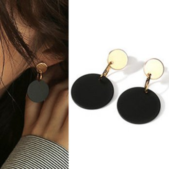 Anting Korea Round black earrings