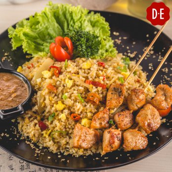 DE Coffee Special Fried Rice and Any Beverages