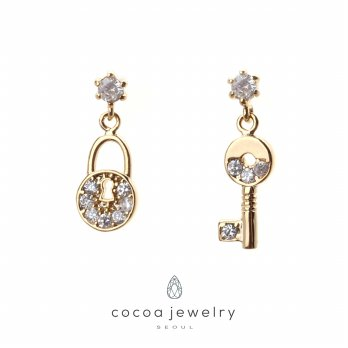 Cocoa Jewelry Anting With Love - No Box