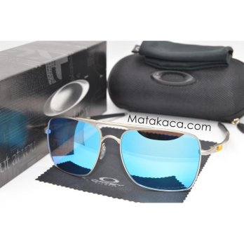 Kacamata Sunglass O*kl*y Deviation ice Blue