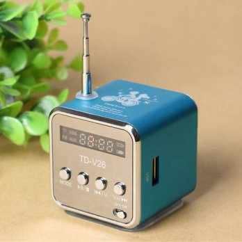 [globalbuy] TD-V26 Mini Speaker Portable Digital LCD Sound Micro SD / TF FM Radio Music St/3779668