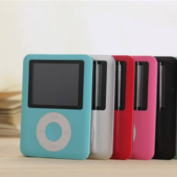 [globalbuy] New 1.8 MP3 Player 8GB LCD Screen FM radio Media Video 3th Generation 4 Colors/3779465