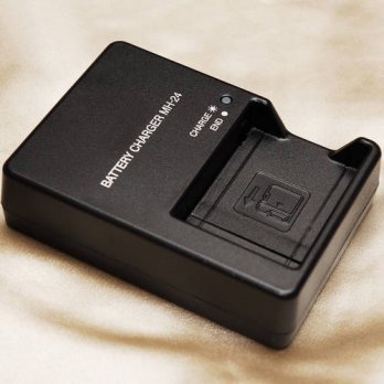 [globalbuy] Woopower EU/US plug MH24 Battery Charger For Nikon EN-EL14 EN EL14 EL14a P7000/3778920