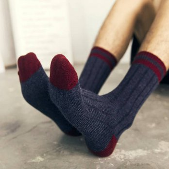 [globalbuy] Soft and thick warm rabbit wool socks Thick line spell color socks/4213309