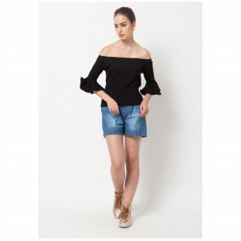 QLASSUALE - Ribbed Bell Sleeves Sabrina Black